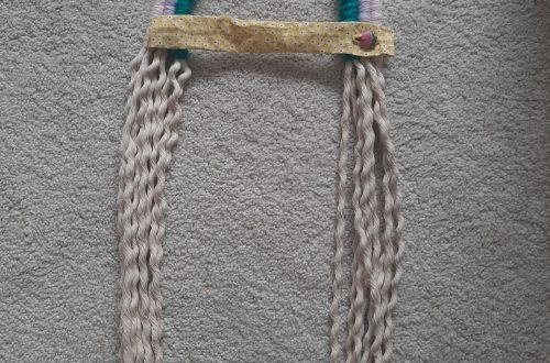 Rope rainbow hairclip hanger